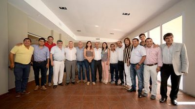 El gobernador de Tucumán e intendentes trazaron los lineamientos para el 2018