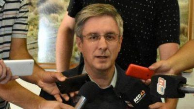 """El intendente dijo que no fue invitado a la cumbre minera porque la postura de Esquel """"es clara y respetada"""""""