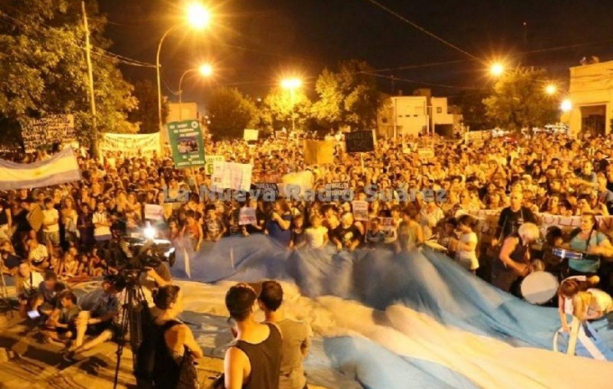 Coronel Suárez caótico: Hasta dos marchas en un día, despidos y reclamos vecinales