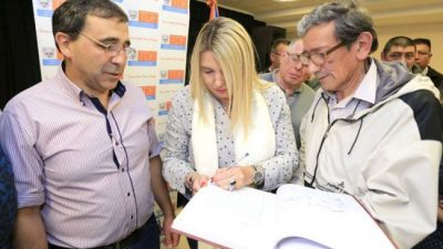 La Gobernadora de Tierra del Fuego enviará a la Legislatura proyecto de municipalización