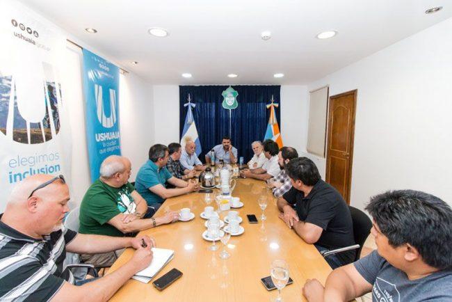 Suba del 137% en la ayuda escolar para municipales de Ushuaia