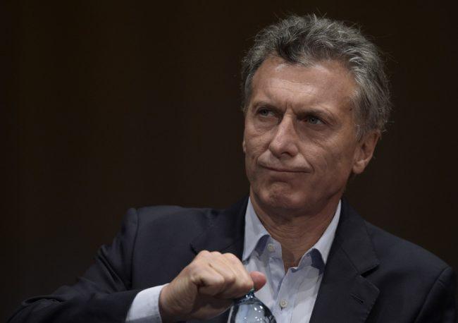La caída: el 57% de la población desaprueba la gestión de Mauricio Macri y su entorno