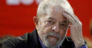 Pese a la persecución judicial Lula lanzó su candidatura a la presidencia