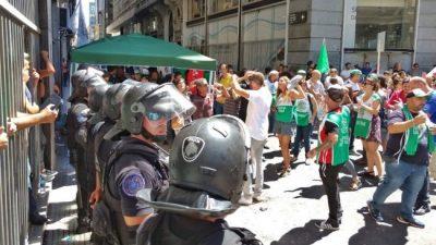 Larreta amedrenta: les cortaron la luz a los trabajadores del Canal de la Ciudad