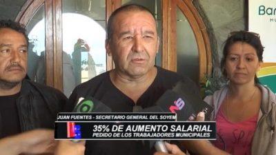 Trabajadores municipales de Bariloche insisten en un reajuste salarial del 35 por ciento