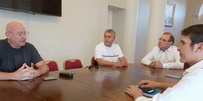 Corrientes: La AOEM pide apertura de paritarias
