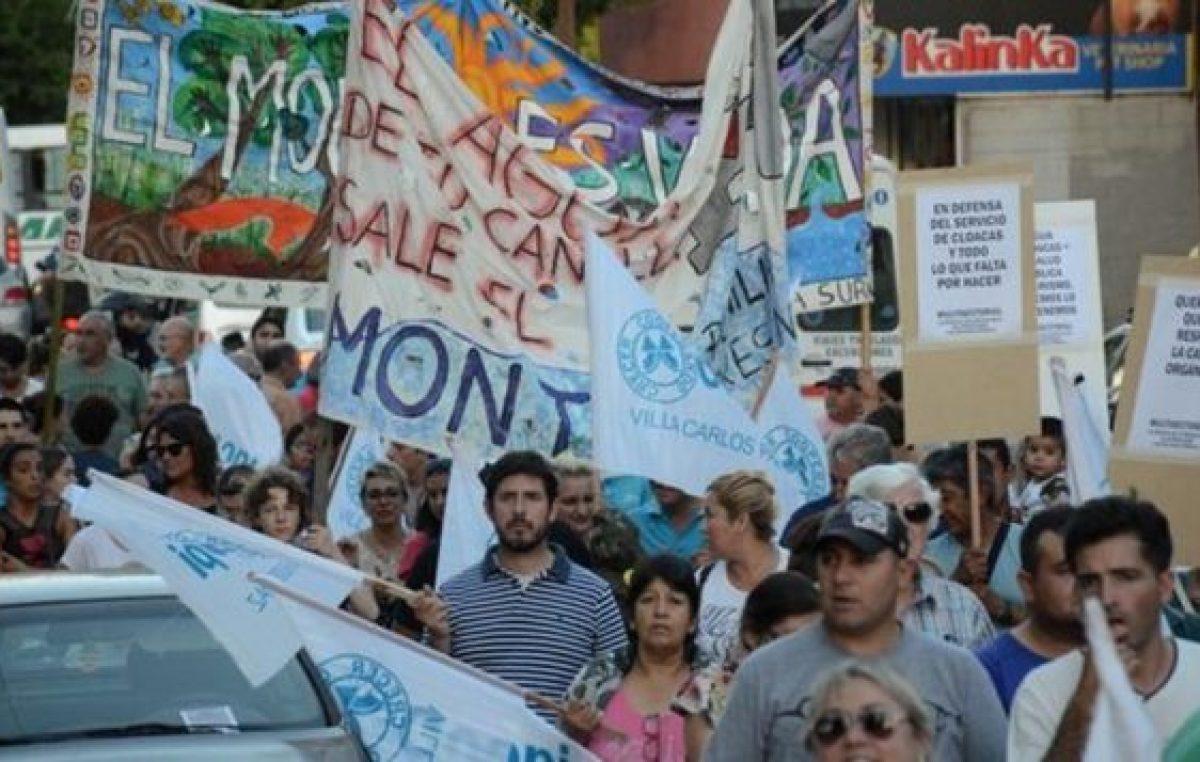 Carlos Paz: playa, teatro y pelea por el agua