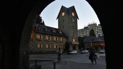 El intendente de Bariloche desplazó a 30 contratados