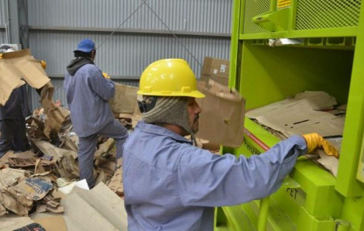 Dos municipios neuquinos piensan en hacer ladrillos con basura