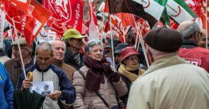 Multitudinarias movilizaciones en España en reclamo por una jubilación digna