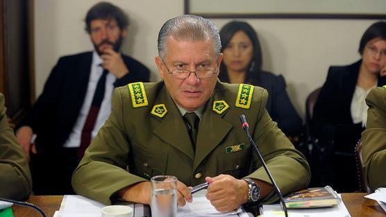 Pasan a retiro a un tercio de generales de policía chilena