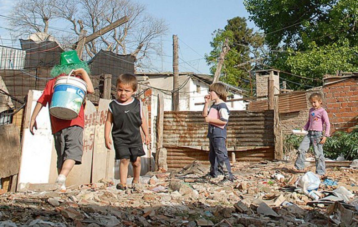 """Santa Fe: """"Dejaron crecer las villas miseria y parece que lo hicieran a propósito"""""""