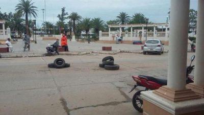 Orán: Empleados municipales de Colonia Santa Rosa toman medidas de fuerza