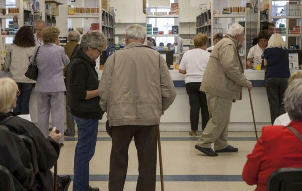Se agrava la situación de PAMI: jubilados podrían quedar sin medicamentos a partir de abril
