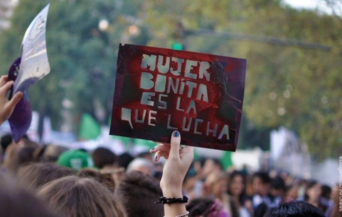 """Paran y se movilizan las mujeres de Argentina y el mundo: """"Basta de ajuste y despidos, aborto legal ya"""""""