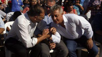 El gobernador de Mendoza también quiere un techo para las paritarias municipales