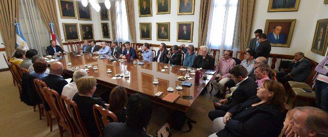 Intendentes entrerrianos del PJ, preocupados por el aumento de la tarifa eléctrica implementada por Nación