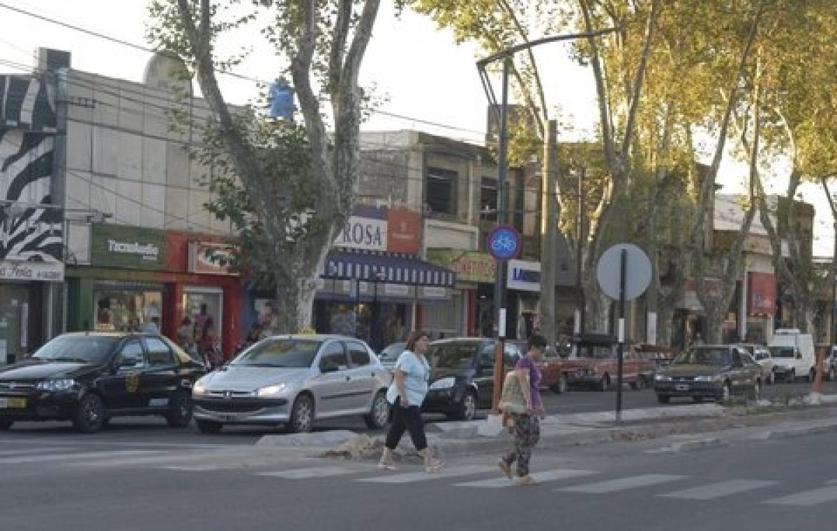 La Intendenta de Rosario lanzó plan integral para 27 Centros Comerciales