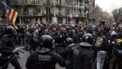 Protestas en Barcelona tras arresto en Alemania de Carles Puigdemont