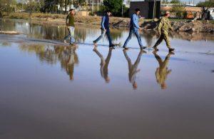 Neuquén: Qué esconde la pelea entre Gutiérrez y Quiroga por el servicio de agua y cloacas