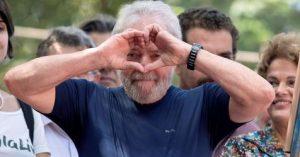 Lula gana su primera batalla, limitan atribuciones del juez Moro