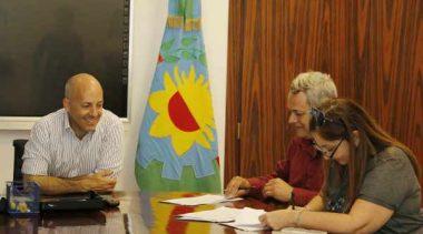 El Intendente de Pilar firmó la paritaria municipal con los gremios