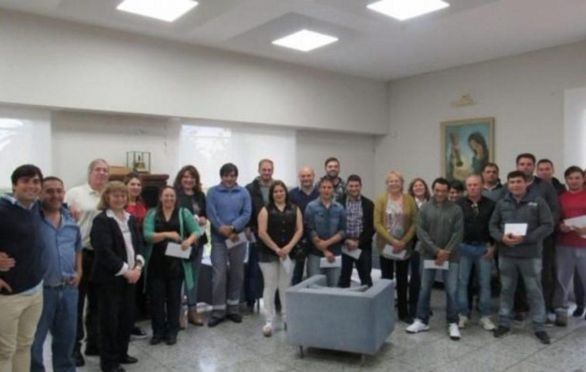 Coronel Dorrego:34 empleados municipales pasaron a planta permanente