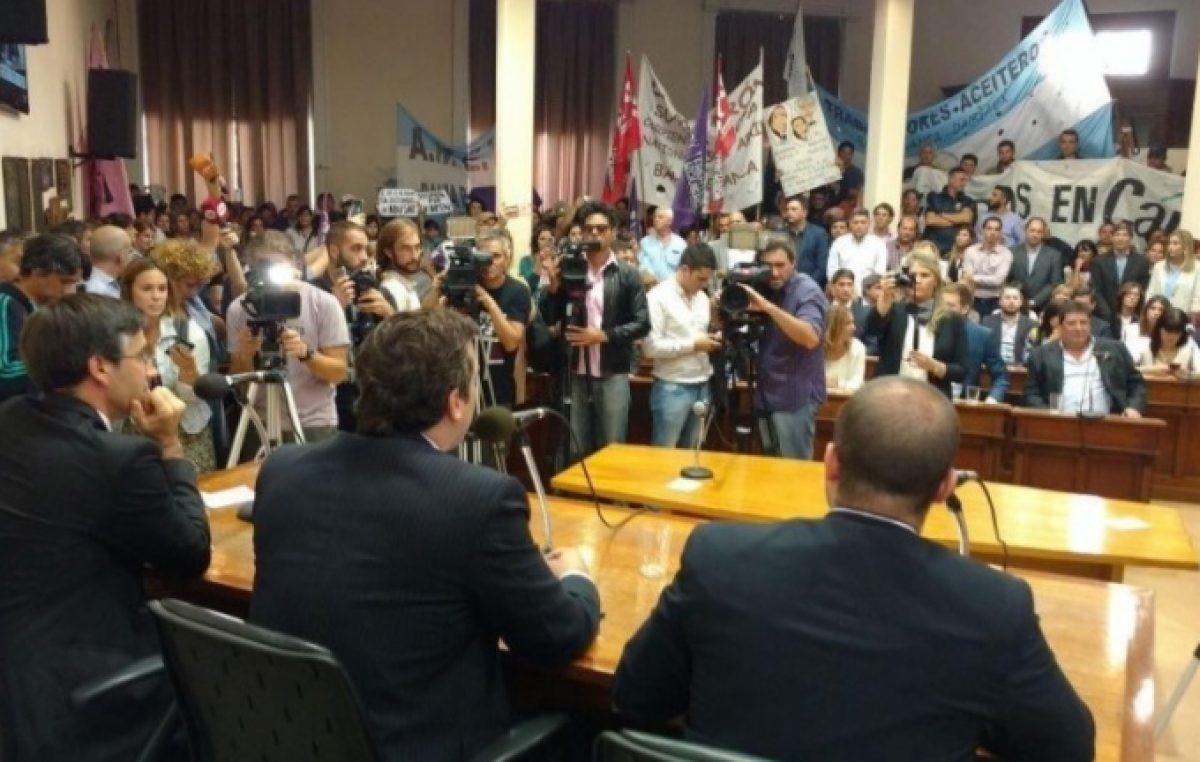 El intendente de Bahía manda su discurso de inicio de sesiones por email