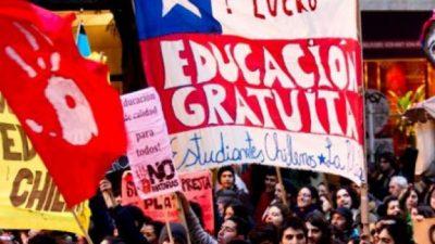 Los estudiantes chilenos vuelven a la calle por educación gratuita