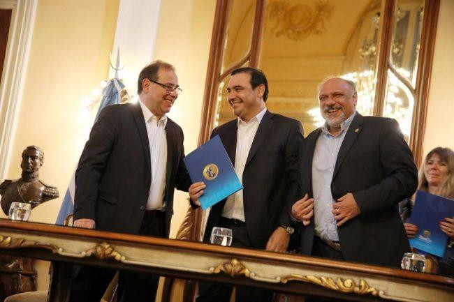 Unos 6.000 municipales contarán con los beneficios del Banco de Corrientes