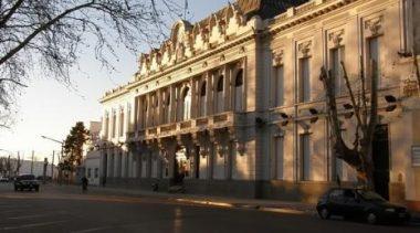 Pehuajó: El intendente pateó el tablero y anunció 32,5% de aumento para los municipales