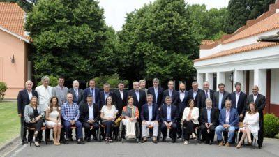 Los gobernadores entraron en corto con Macri