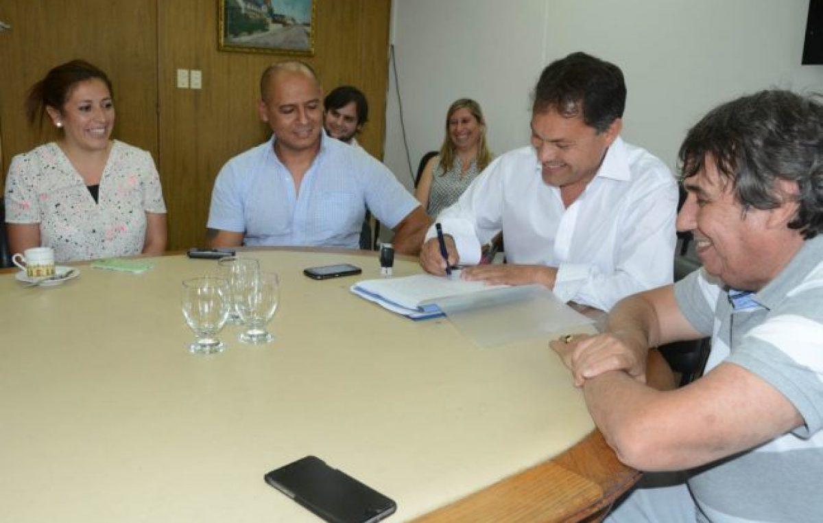 Moreno: Festa acordó aumento con los municipales y anunció que los funcionarios no lo cobrarán