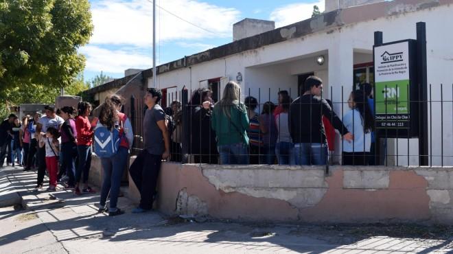 Las localidades rionegrinas del Valle Medio padecen la falta de viviendas