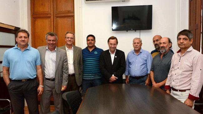 Paraná: Tras el acuerdo salarial, Varisco recibió a los gremios municipales