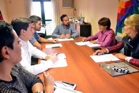Salta: Capacitarán a ciudadanos de los 60 municipios en derechos humanos, género y educación para la paz