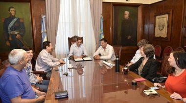 Paritaria 2018: Garro acordó un 15% de aumento para los municipales de La Plata