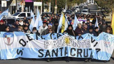 Municipales de Caleta volvieron a reclamar el 40% de incremento
