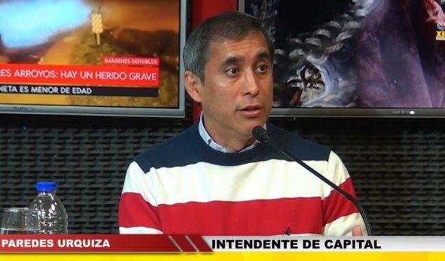 """Intendente de La Rioja : """"el gobierno debe dar un reconocimiento al empleado municipal, no puede ser que el que recoge la basura es quien menos cobra"""""""