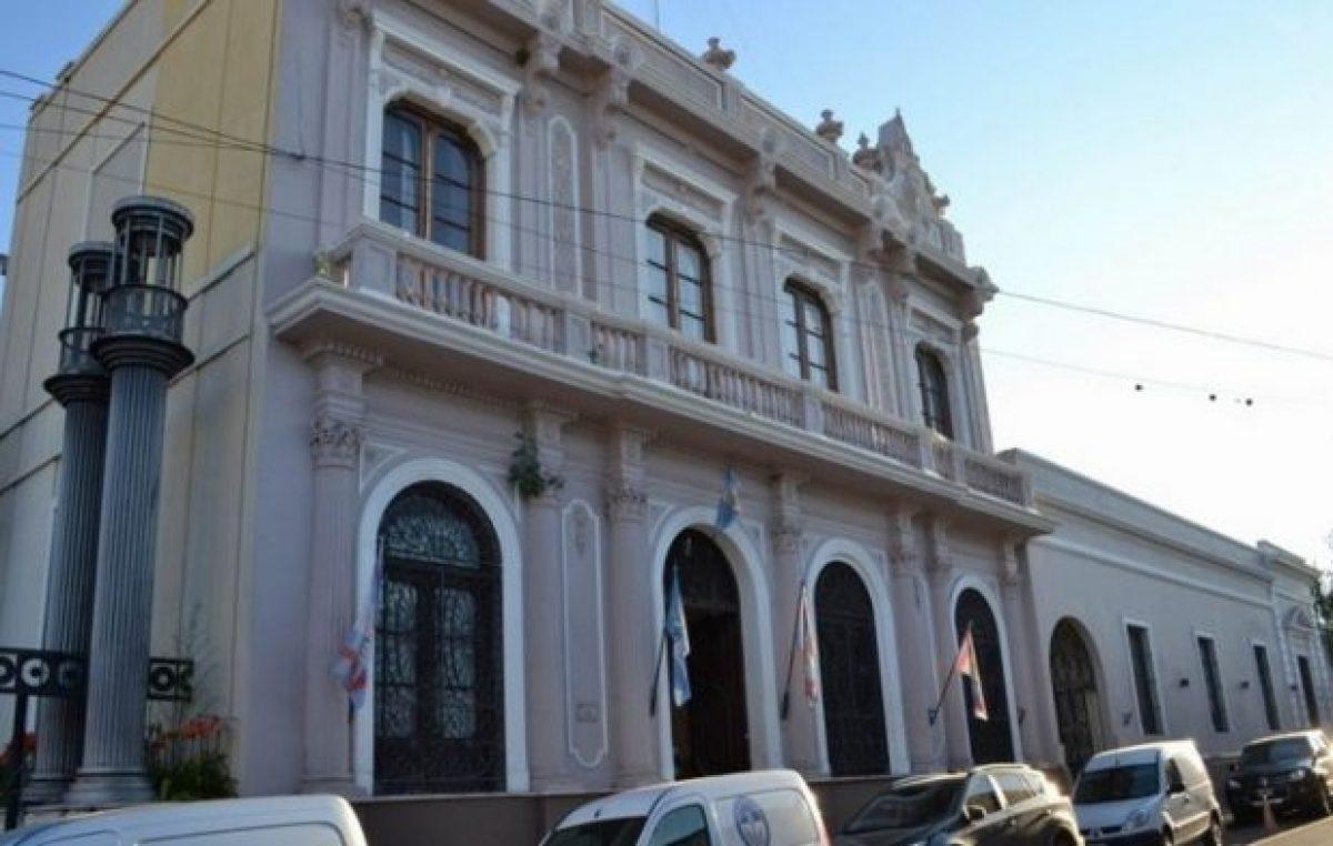 La Aoem amenaza con medidas de fuerza ante la continuidad de despidos a municipales correntinos