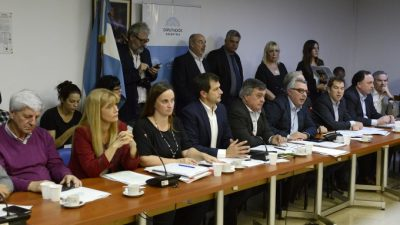 Diálogo cero: Cambiemos saboteó la jugada de los intendentes de Massa y del PJ contra los tarifazos