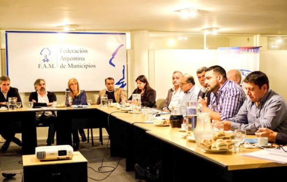 El intendente de Ushuaia compartió reunión con intendentes