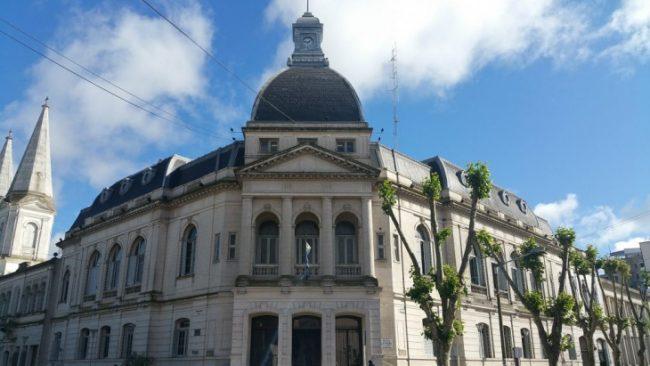 El polémico posgrado de 60 mil pesos que el municipio de Olavarría aprobó para una funcionaria