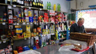 Uno de cada tres comercios bonaerenses paga más por tarifas que por el alquiler cada vez más caro