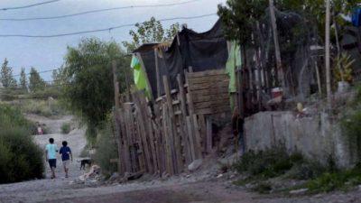 217 barrios populares de Mendoza miran con atención al Congreso
