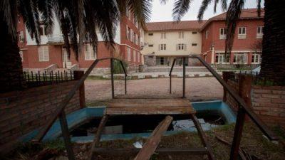 Nación cede a la Provincia uno de los siete hoteles de Embalse