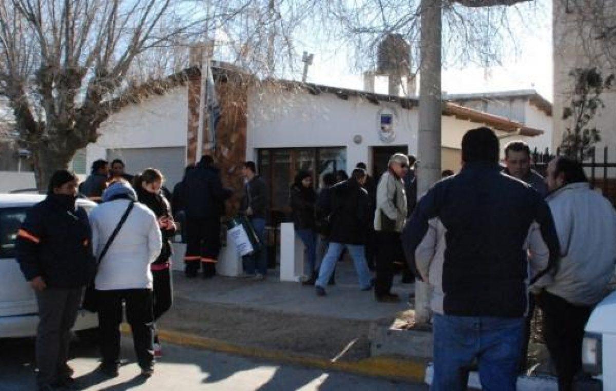Se replican los paros en las comunas de Santa Cruz en pedido de aumentos salariales