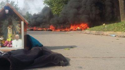 Recrudece la huelga de municipales en Luján