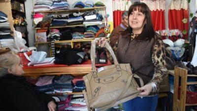 Río Cuarto: Crece la compra de ropa usada ante el aumento de los precios
