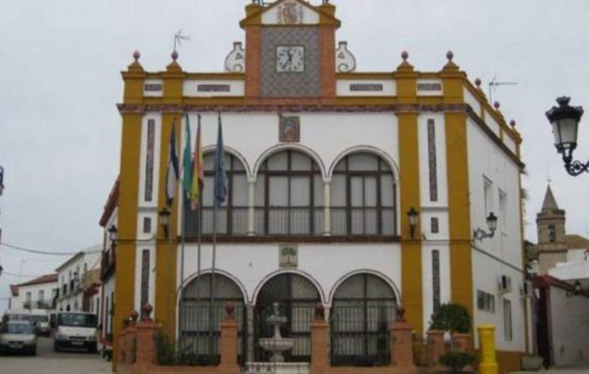 España: El PP denuncia que la alcaldesa de Huévar ha iniciado hoy «un ERE que llega con siete años de retraso»